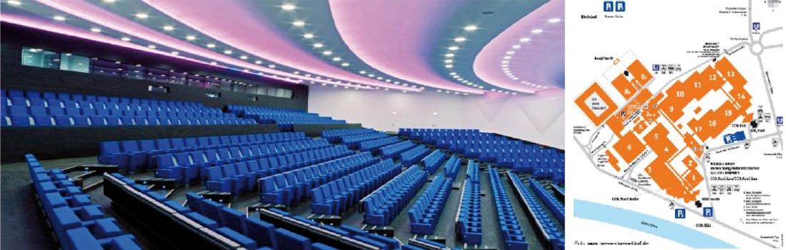 Das Bild zeigt eine Collage des Projekts CCD Düsseldorf. Links ist der große Saal mit seinem Gestühl und der Tonregie zu sehen. Das rechte Bild zeigt den Lageplan des Congress Centers mit Lage des Raum 1.