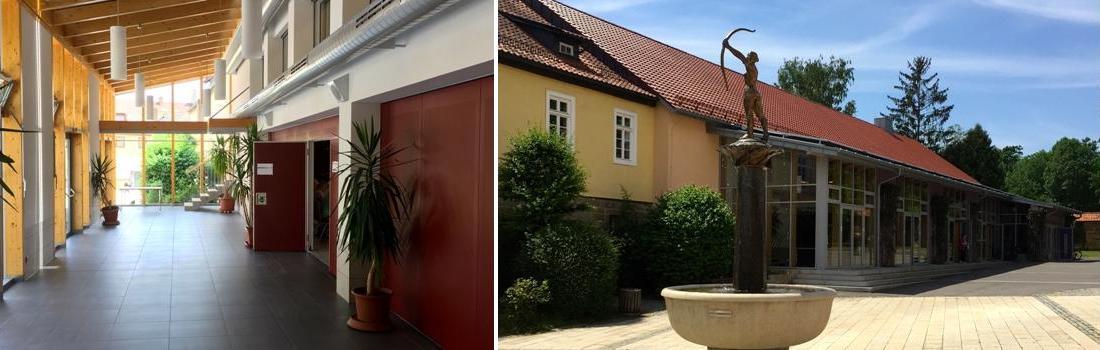 Das Bild zeigt eine Collage zum Projekt Stadthalle Bad Rodach. Auf dem linken Bild sieht man den Eingangsbereich, mit seiner offenen Holzbalken-Konstruktion. Auf dem linken Bild sieht man die Gerold-Strobel-Halle von aussen, an einem sonnigen Tag, direkt vom Brunnen aus.