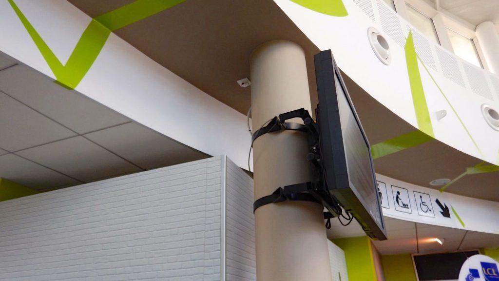 hochwertige Mechanik für Display Halter, robuster Säulenhalter, Mastschelle für Display