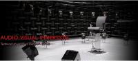 Die Technische Universität Dänemark (kurz DTU) hat ein akustisches Labor zur Erforschung von räumlicher Wahrnehmung installiert. Der Link zeigt ein Video dazu.